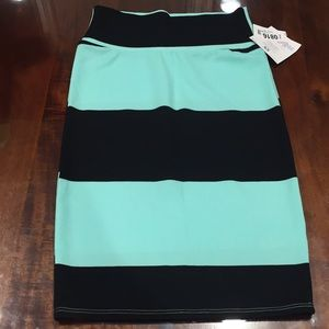 XS LuLaRoe Cassie Skirt B06 29